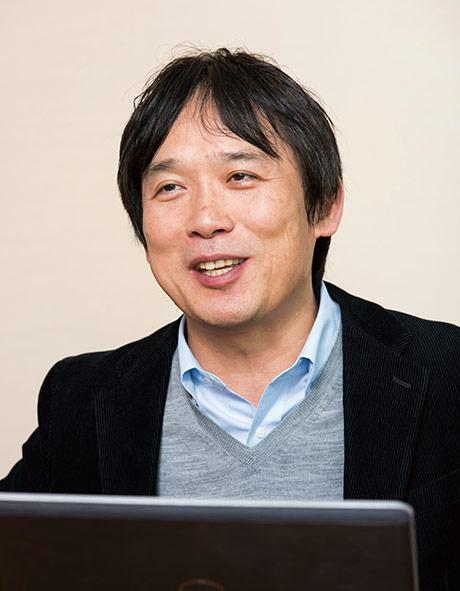 株式会社ファーストリテイリング 計画管理部 部長・経理担当 杉崎 克宏