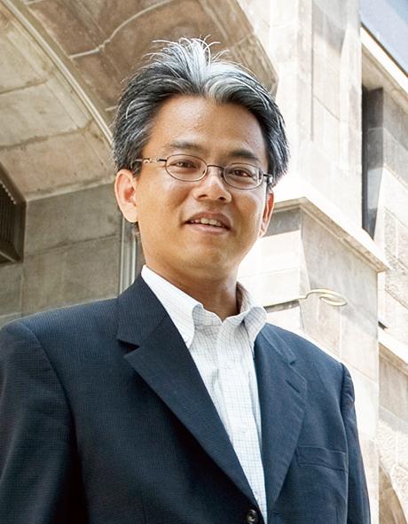 新日本製鐵株式会社 財務部  決算グループリーダー 池田 悟