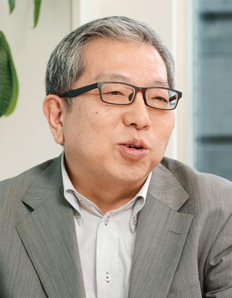 株式会社グラフィコ  甲 正彦