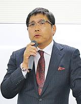 株式会社豆蔵ホールディングス 代表取締役会長/公認会計士 荻原 紀男